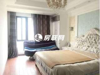 万达商圈新湖庐山国际,全新豪华装修3房,业主诚心出售