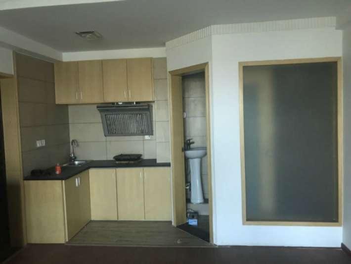 三里街附近原房东精装单身贵族公寓仅售23.8万