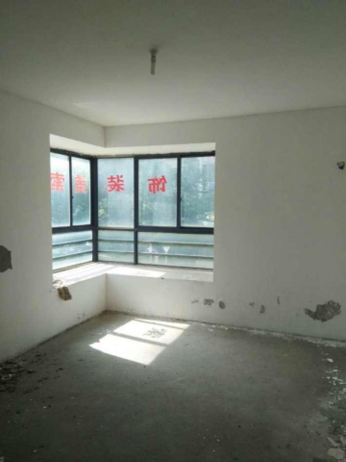 慧龙新城3室2厅124平米,仅68万,竟有如此便宜
