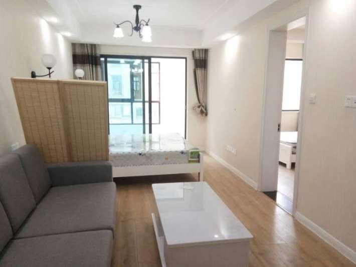 万达商圈 远洲九悦廷户型很好的一套公寓