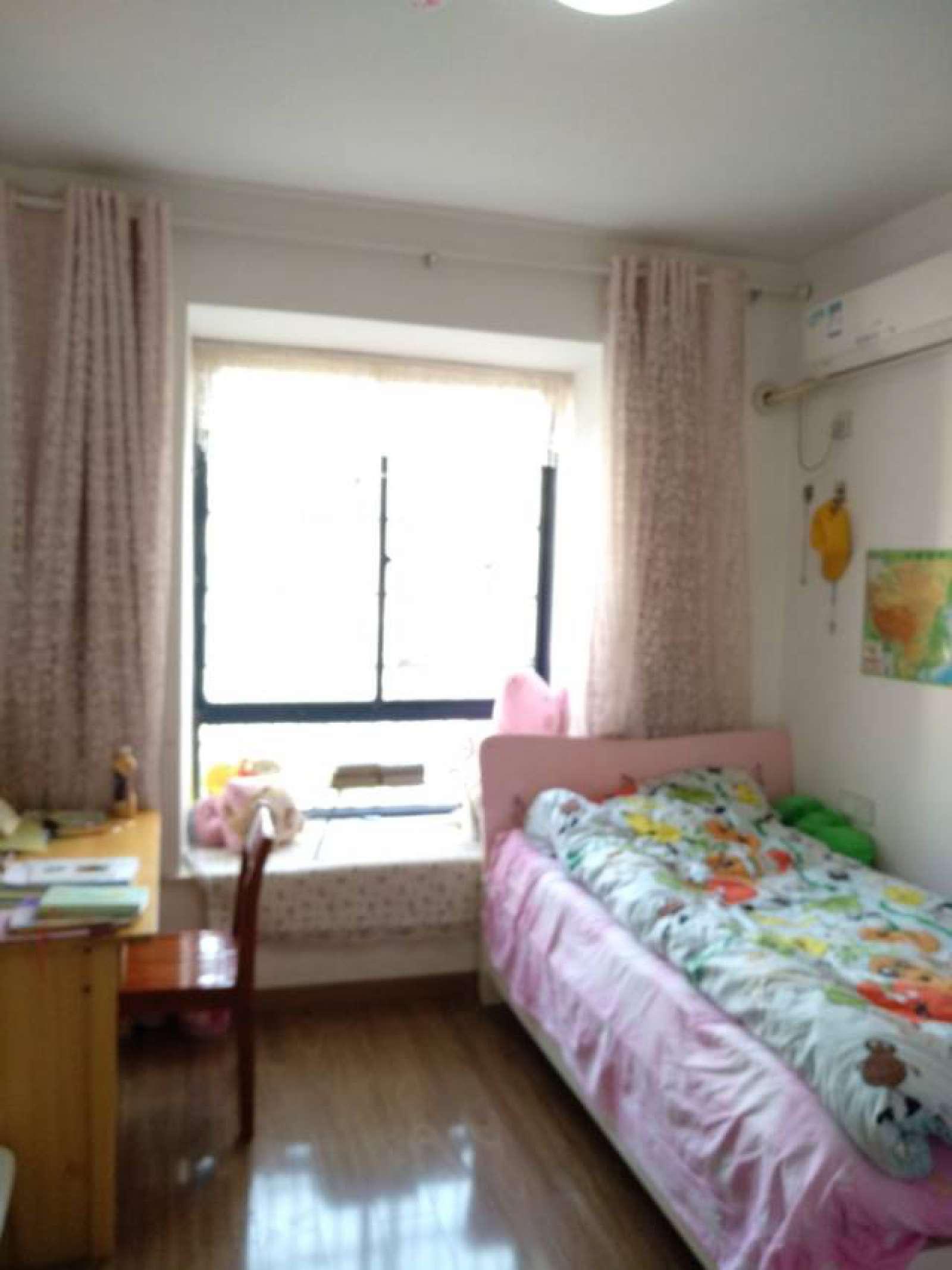 慧龙新城 3室2厅138.5㎡