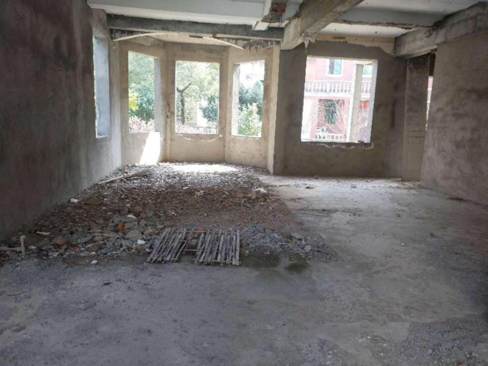 俊逸花园 6室4厅307.83㎡