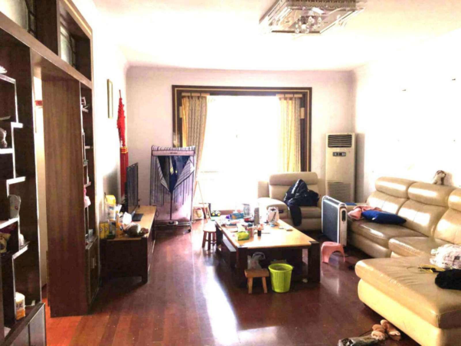 湖滨花园中心区 3室2厅132.5㎡
