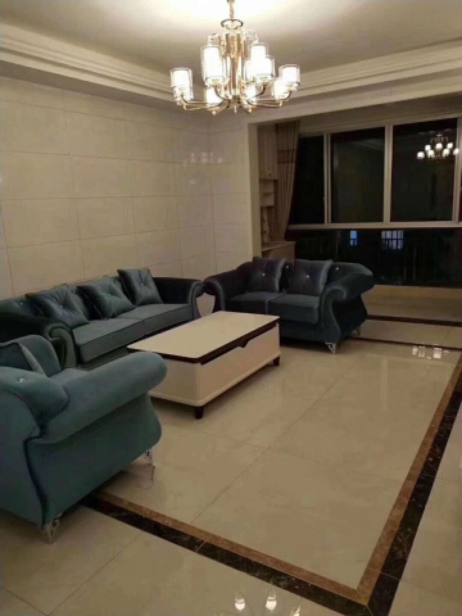 金彩公寓 2室2厅92㎡