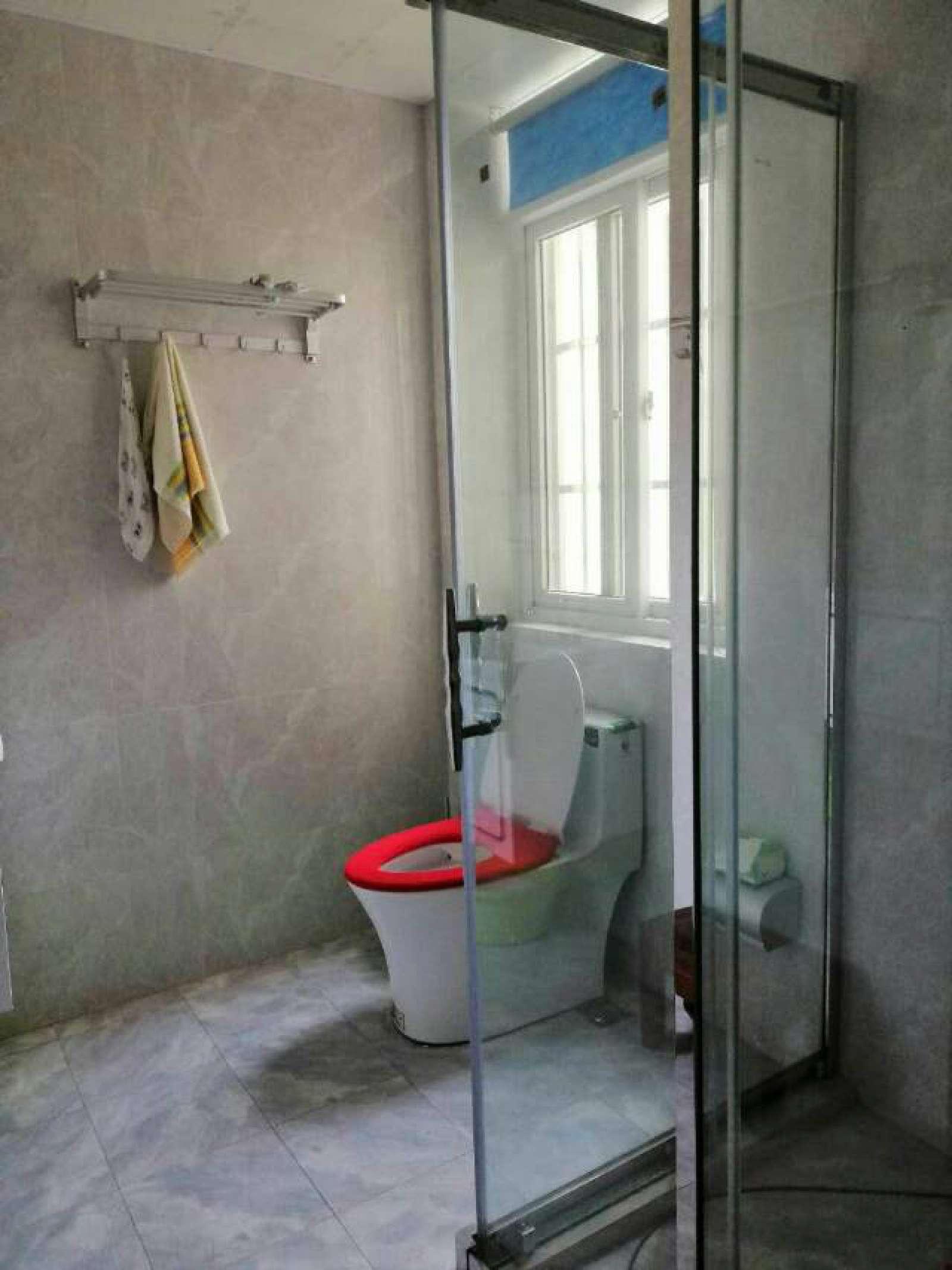 浔阳江畔 6室2厅195㎡