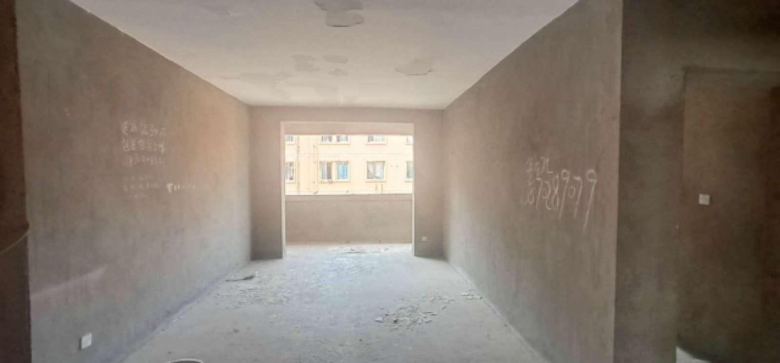 园艺小区 2室2厅82㎡