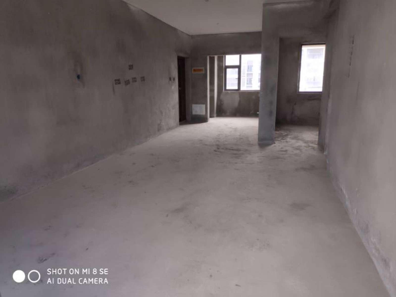 金鹏城 2室2厅90㎡