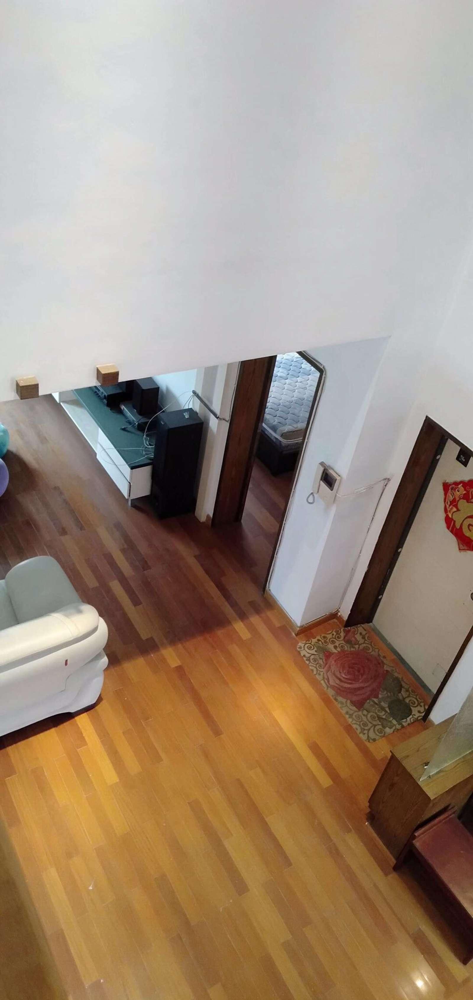 馨苑山庄 5室3厅194㎡