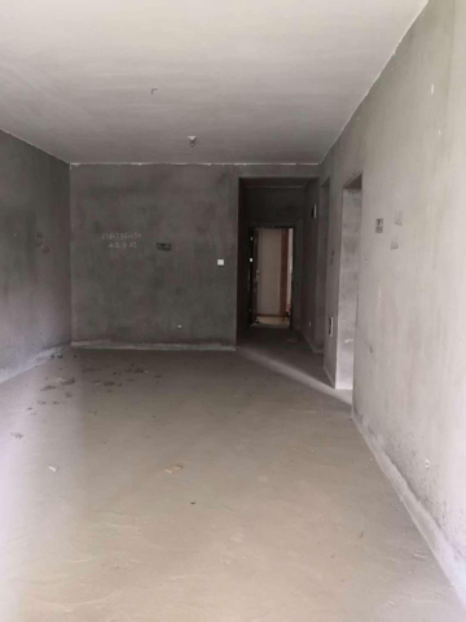 水岸莲华 2室2厅98㎡