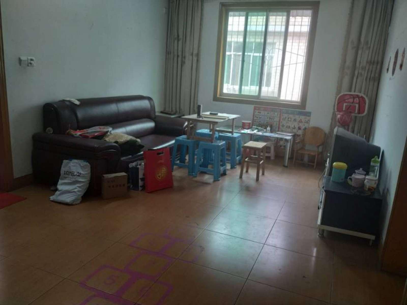 康乐小区 4室2厅86㎡