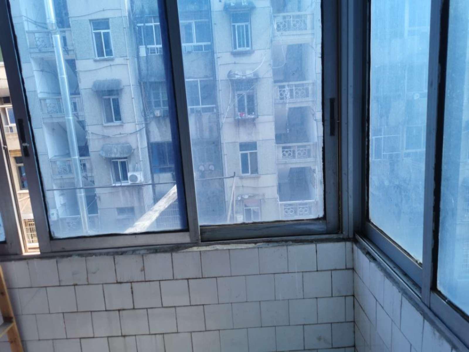 化工厂宿舍 2室2厅55㎡