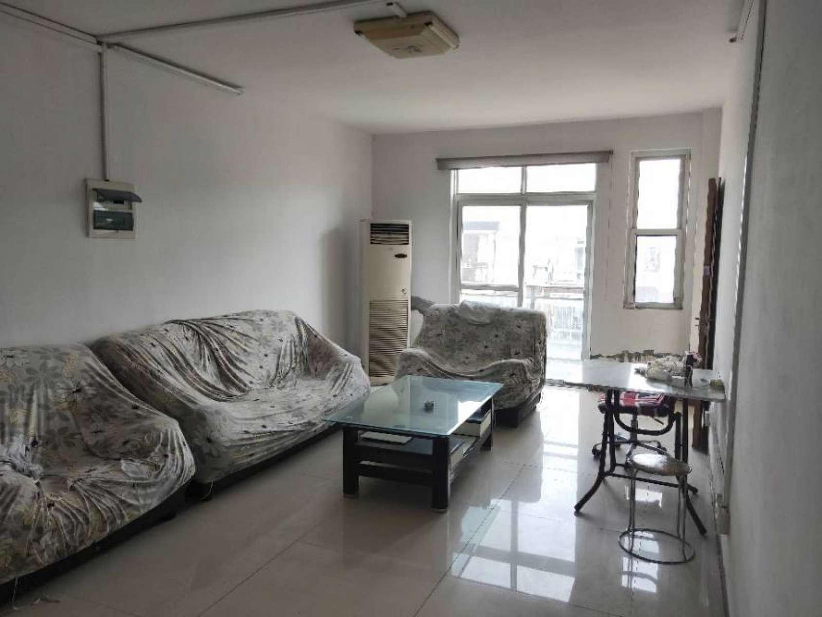 荣昌桂花园 4室2厅126.2㎡
