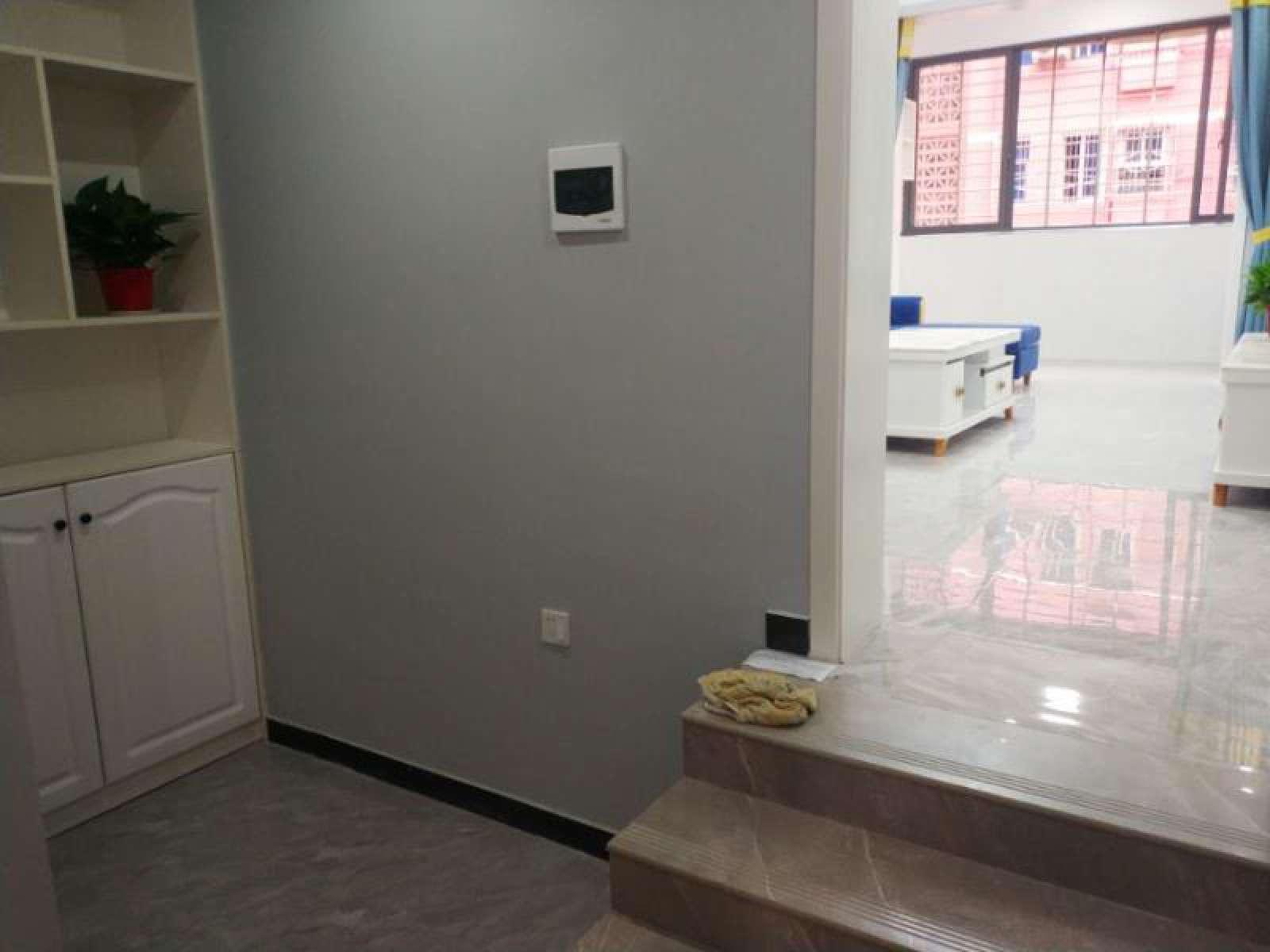 南湖小区 3室2厅90㎡
